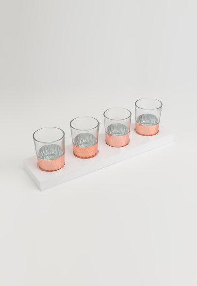 Set alb transparent si rosu cupru de 4 suporturi pentru lumanare de la Amadeus
