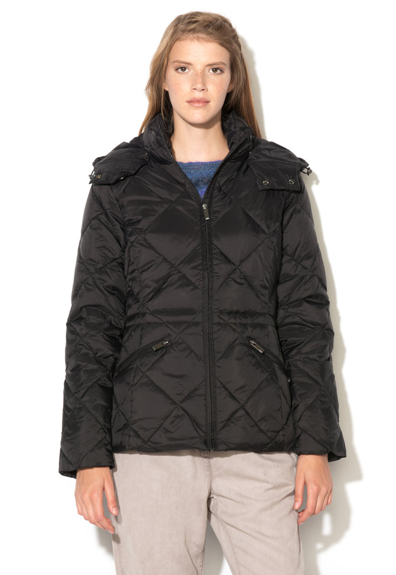 Jacheta neagra cu izolatie din puf si gluga detasabila