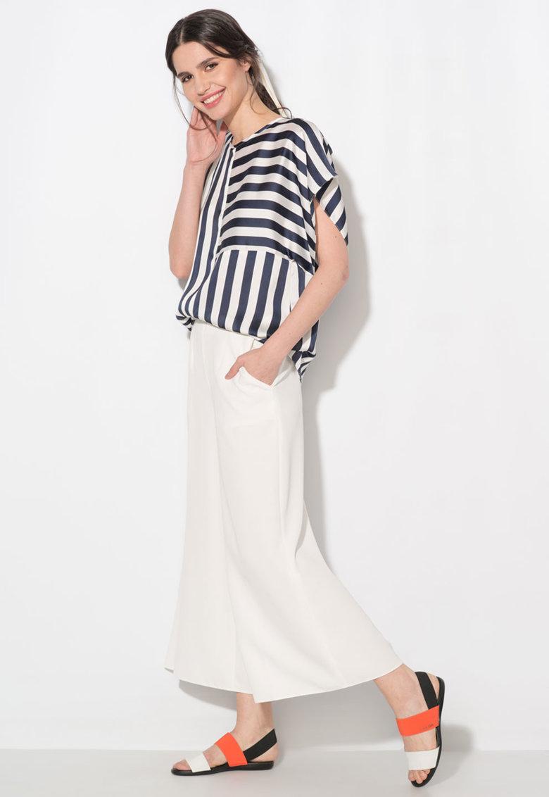 Bluza bleumarin cu alb in dungi si cu o maneca de la Zee Lane Collection