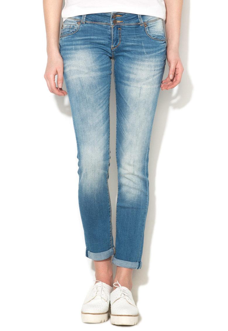 Jeansi albastri slim fit cu aspect decolorat Jennifer