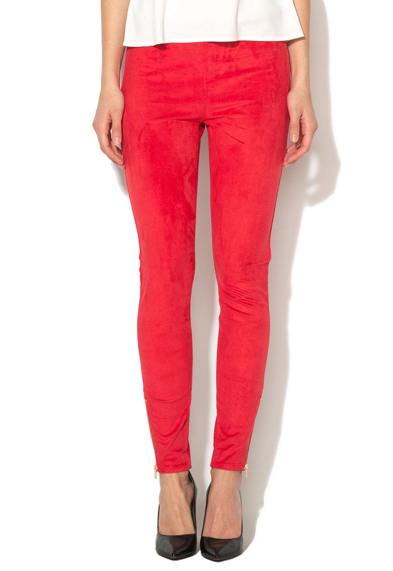 Juicy Couture Pantaloni rosii cu aspect de piele intoarsa