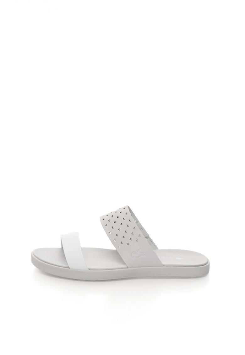 Papuci gri deschis cu alb optic de piele Natoy de la Lacoste