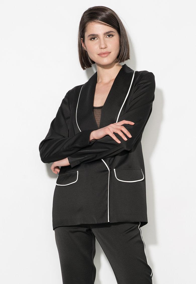 Sacou negru cu garnituri albe