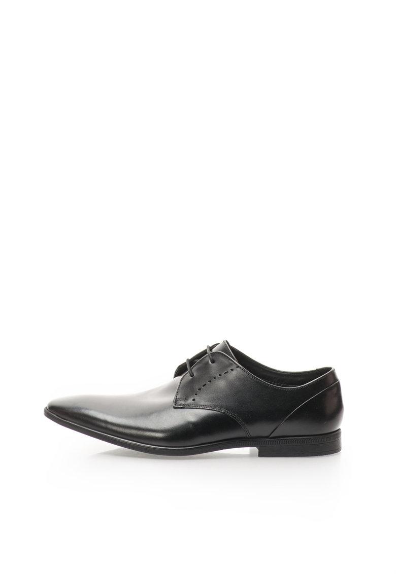 Clarks Pantofi negri de piele Bampton