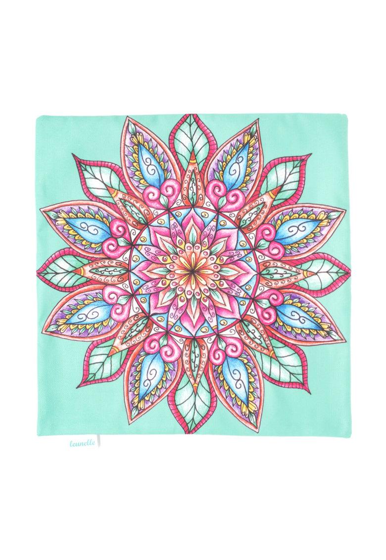 Leunelle Husa verde pentru perna decorativa cu imprimeu Mandala