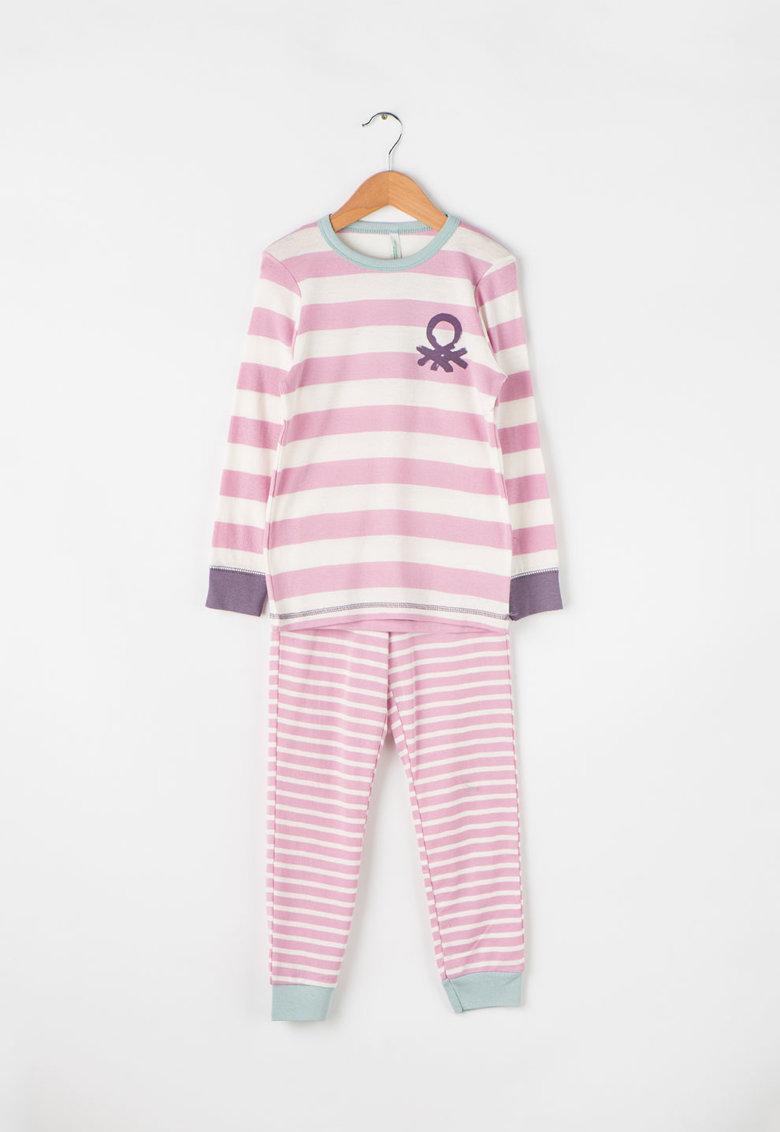 Pijama lunga cu imprimeu in dungi de la Undercolors of Benetton