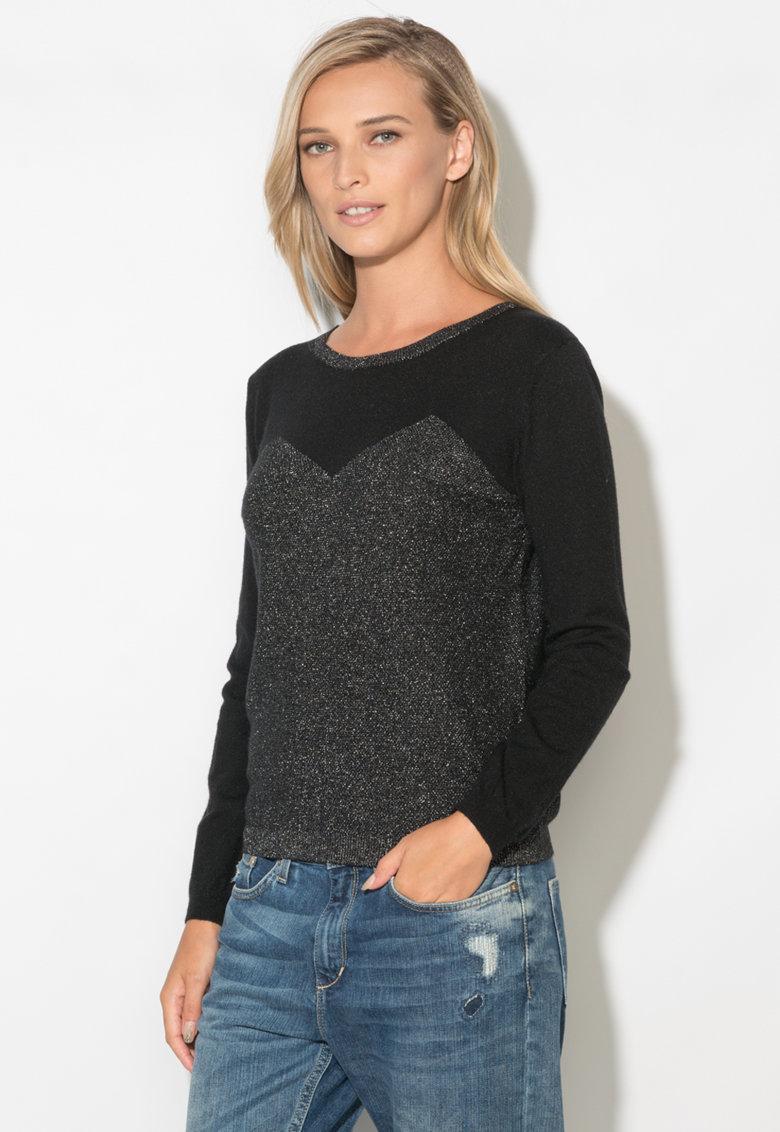 Bluza tricotata fin cu aplicatii stralucitoare