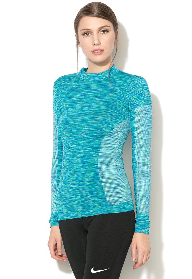 Bluza calduroasa cu aspect texturat de la Outhorn