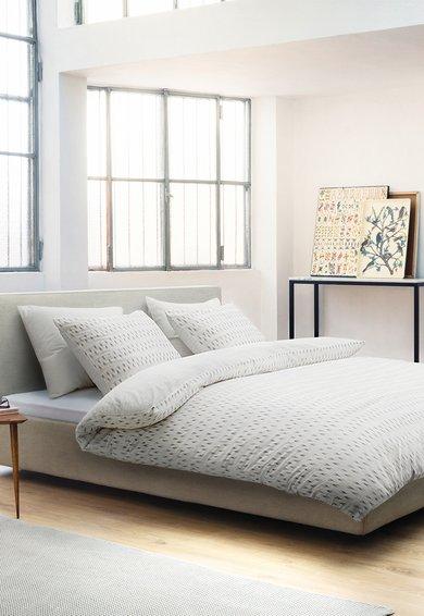 Set de pat alb cu sageti maro Aren