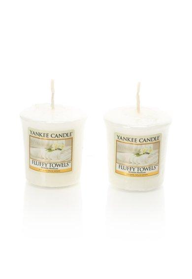 Set de lumanari parfumate Fluffy Towels™ – 2 bucati de la Yankee Candle