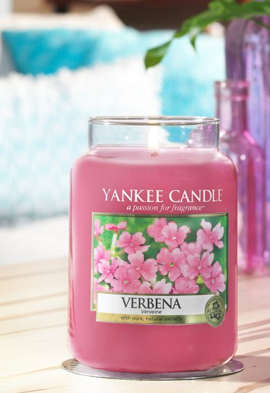 Lumanare parfumata in borcan mare Verbena
