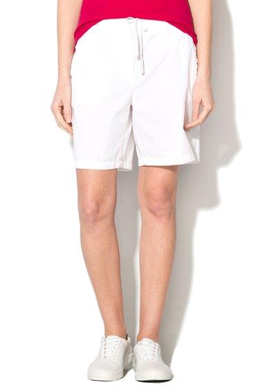 Pantaloni scurti albi lejeri de la Lacoste