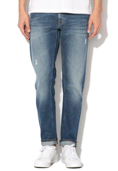FashionDays.ro: Jeansi albastru inchis slim fit Oregon Mustang