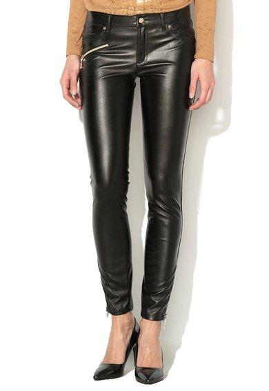 Pantaloni skinny negri din piele sintetica