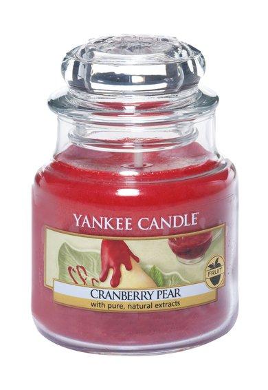 FashionDays.ro: Lumanare parfumata mica in borcan Cranberry&Pear Yankee Candle